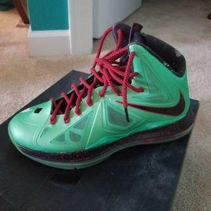 Nike Lebron X Cutting Jade